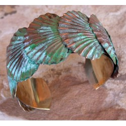 ECP 11bc Verdigris Patina Brass Overlapping Scallop Shells Cuff