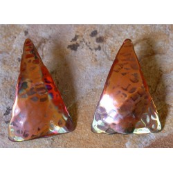 CPI 505e Hand Hammered Copper Iridescent Domed Triangle Earrings