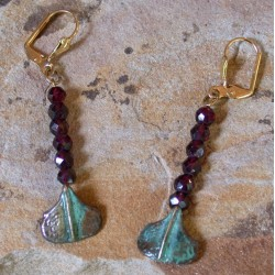 AP46e Ancestors Collection Patina Cast Brass Stylized Ginkgo Leaf Dangle Earrings - Faceted Garnet