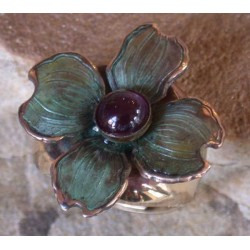 NAP8406r Patina Dogwood Flower Ring - Amethyst