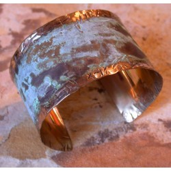 TTP 602bcSP Splash Verdigris Patina Handforged Brass 1 1/2 Inch Wide Cuff - Textured Tealeaf Lip Detailing