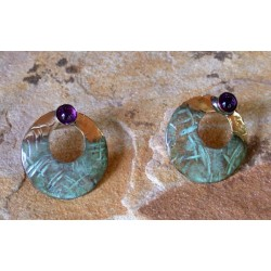 TTP 2429e Verdigris Patina Brass Hand Hammered Textured Tealeaf Small Cut-Out Circle Earrings - Amethyst